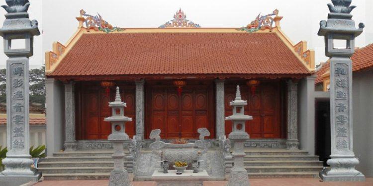 Mẫu nhà thờ họ hình chữ Nhất nằm ngang với hai mái trước và sau theo kiểu thu hồi bít đốc.