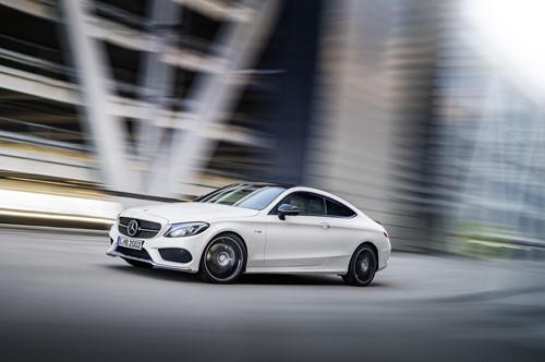 Mercedes c63 – Mãnh thú trong đại gia đình C-Class